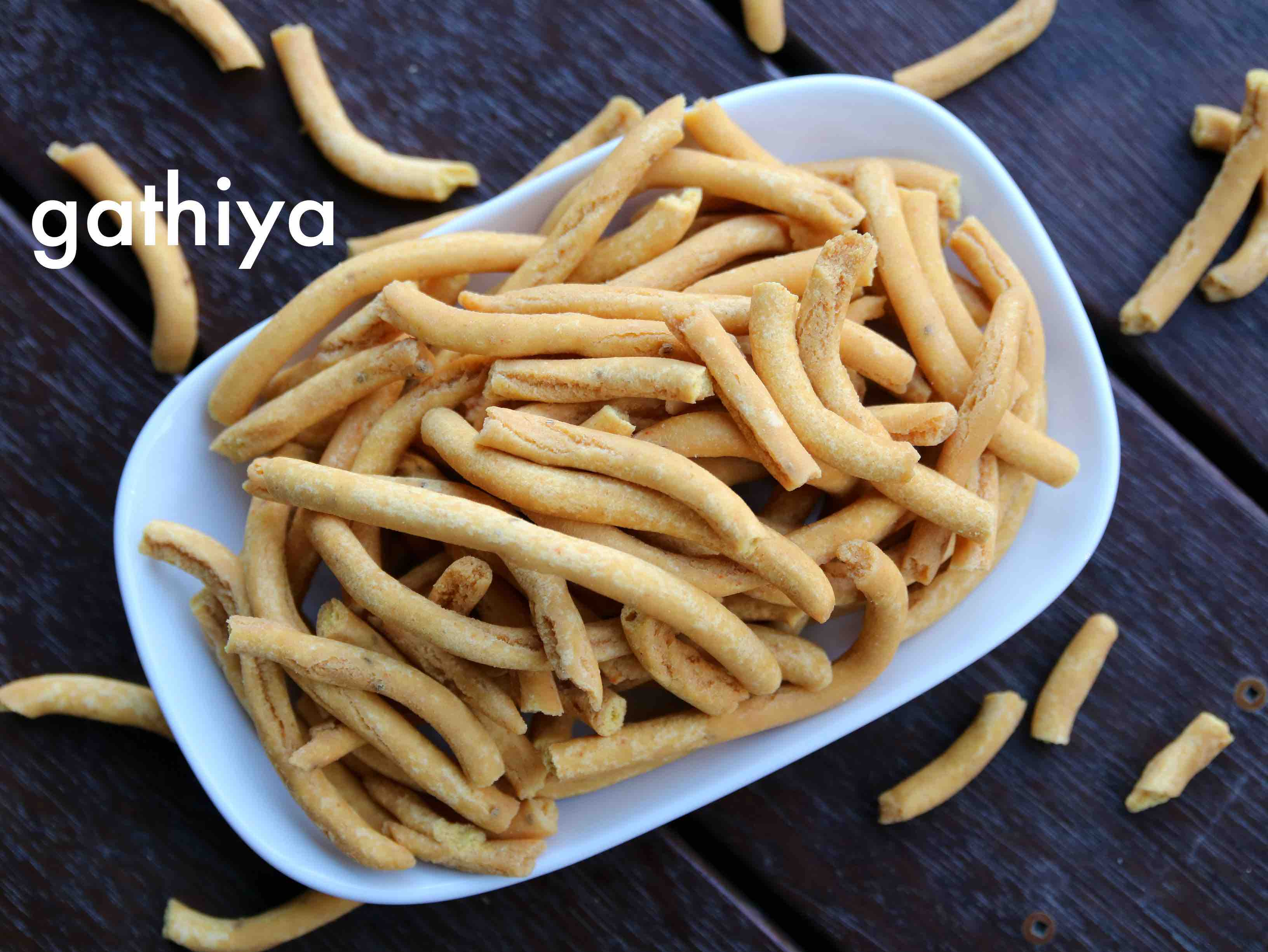 gathiya recipe | gathia recipe | bhavnagari tikha gathiya sev recipe