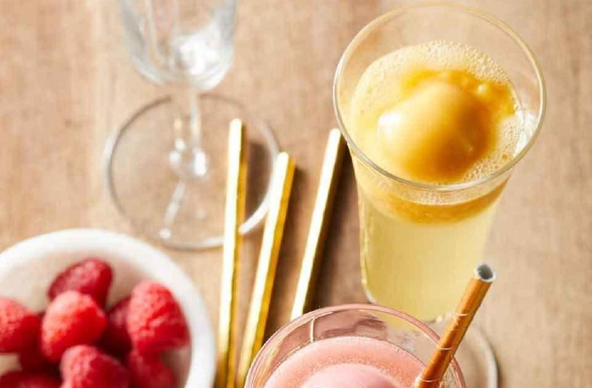Sparkling Mango Sorbet Cocktail