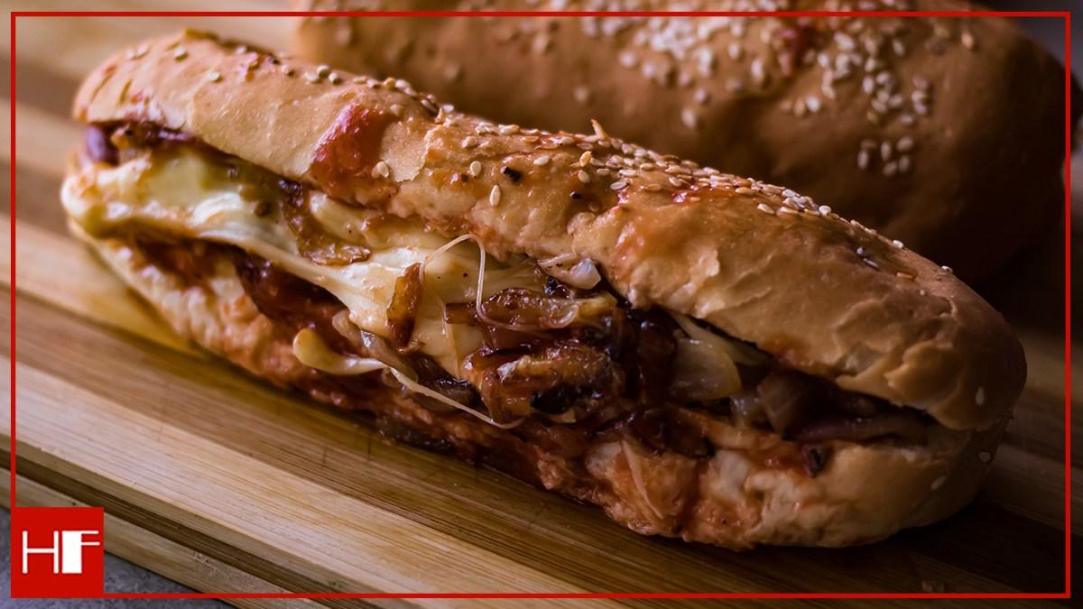 Pork Bratwurst Hot Dog – A Yummy Quick Bite