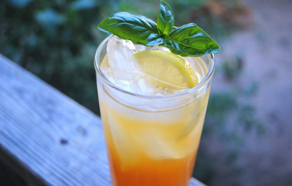 Mango Tango Cocktail