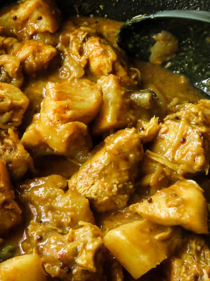 Sri Lankan Chicken pineapple curry(low carb).