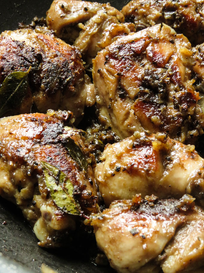 vinegar chicken pan fried with crushed black pepper.