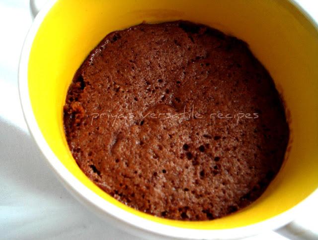 Microwave Eggless PeanutButter Chocolate Mug Cake