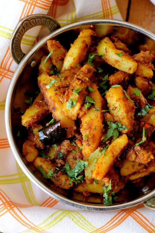 Pahari aloo recipe, aloo gutke