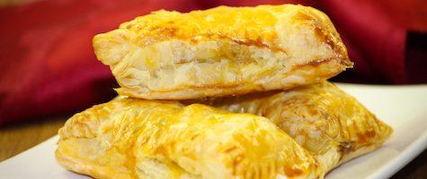 Easy Chicken Puffs- Kerala Chicken Puffs-Easy Chicken Filling