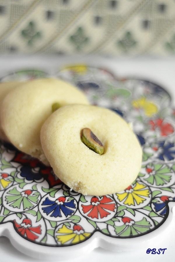 Ghorayeba ~ Arab Shortbread Cookies