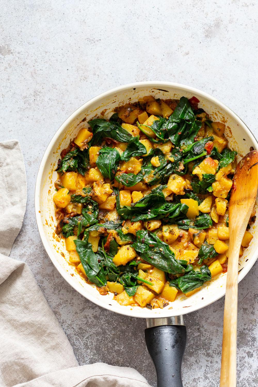 Garlic Potato Spinach Stir fry – Lasooni Aloo Palak