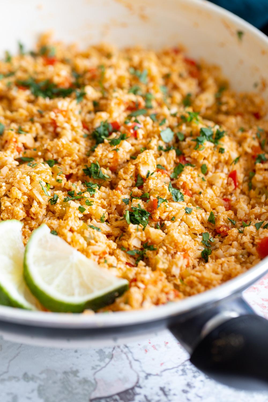 Vegan Spanish Cauliflower Rice – Easy One Pot Recipe ( Low Carb)