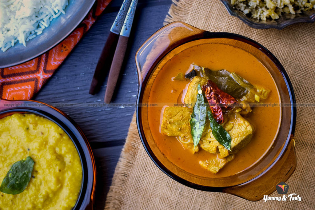 Kerala style Coconut milk Fish Curry, Best fish curry for Parotta, Roti and Appam