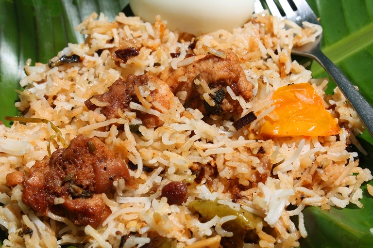 White Chicken Biryani Recipe / Yummy Tummy Special Biryani Recipe